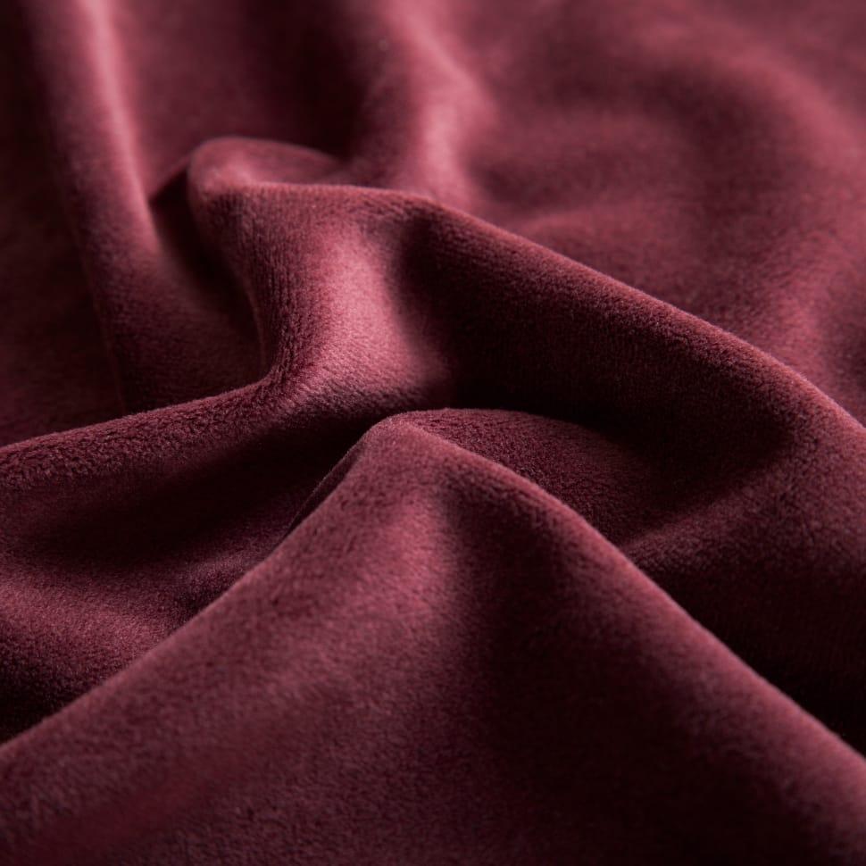 MAroon Cloth